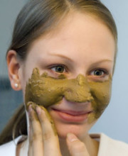 Luvos-Akne-Maske